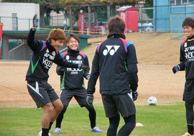 111202_volley.jpg