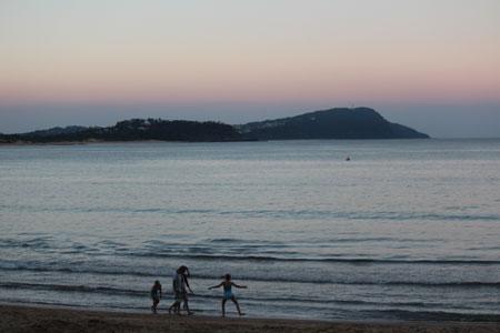 130428_beach.jpg