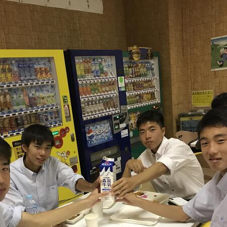milk 2.jpg